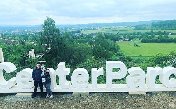 Das glückliche Paar in Park Hochsauerland