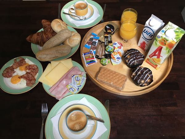 cottage delivery breakfast
