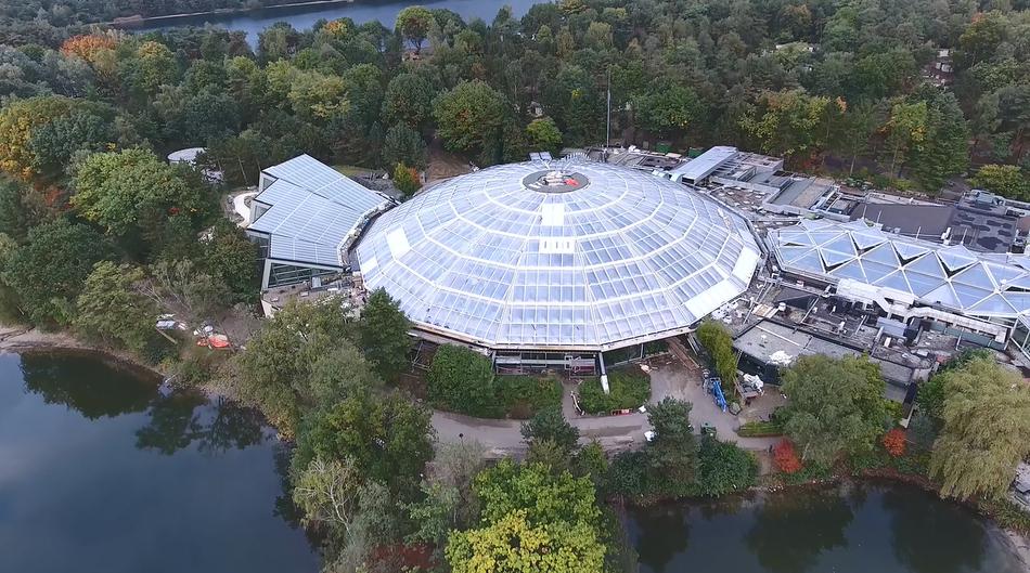 Die neue Aqua Mundo-Kuppel in Center Parcs De Kempervennen