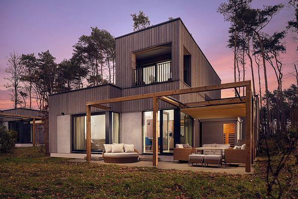 Geräumig und elegant: die villenartigen Ferienhäuser im Terhills Resort