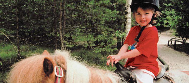 enfant-poney-balade