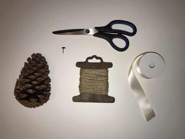 DIY-noel-boule-sapin-pomme-de-pin