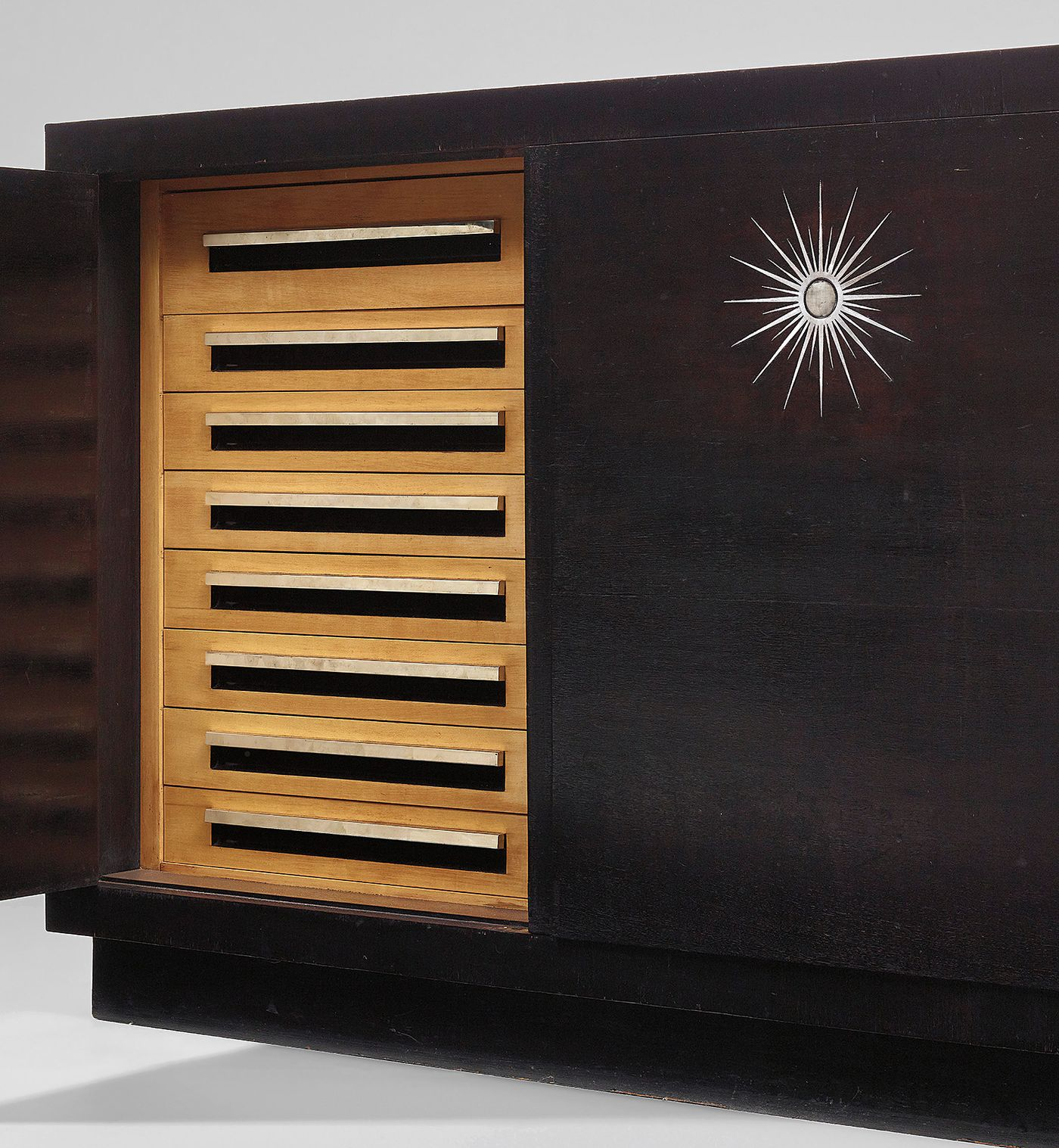 In the 1920s and '30s, the Maharaja of Indore cultivated a close-knit network of visionaries in art and design. Among them, the German architect Eckart Muthesius produced an important sideboard which features in our June Design auction.