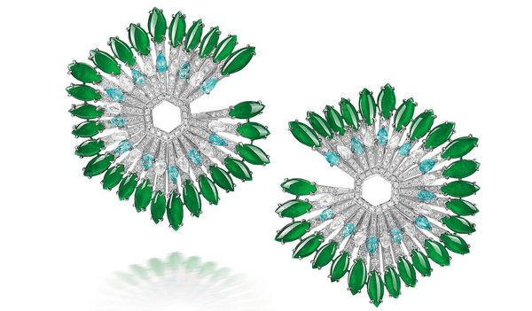 We asked our team to pick one lot from the upcoming Hong Kong Jewels and Jadeite Auction which spoke personally to them. Here are the results.
