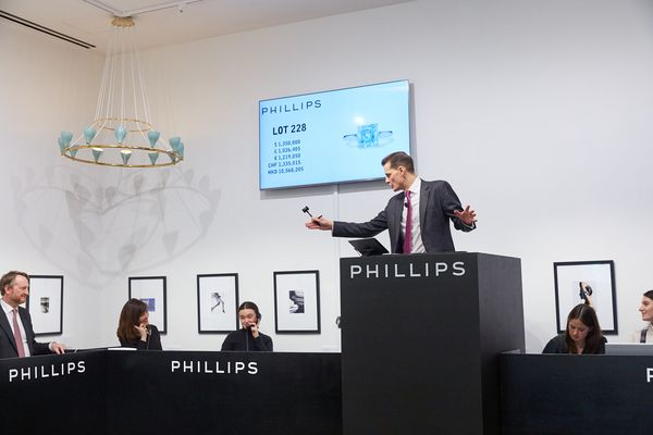 Colored diamonds, signed pieces and growth define 2019 for Phillips Jewels.