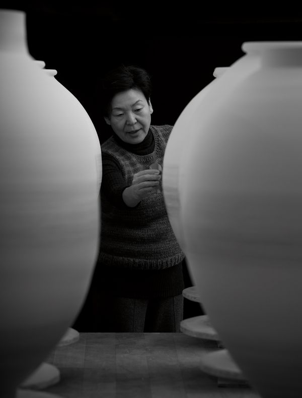 A work of light and grace, Young Sook Park's 'Moon Jar' conveys certainty and paradox.