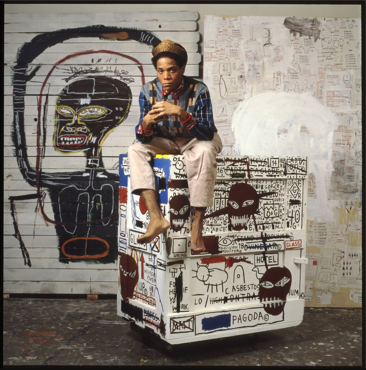 Lizzie Himmel is a New York-based photographer who shot the iconic picture of Jean-Michel Basquiat and 'Flexible', 1984. Phillips' Roselyn Mathews caught up with Himmel about her experiences in and around the artist's New York studio.