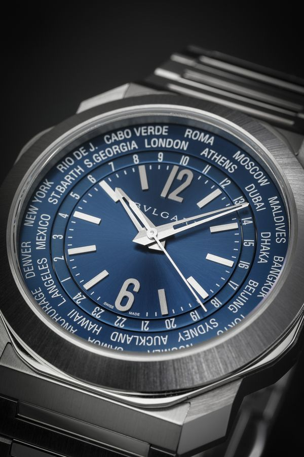 This year, Bulgari is leaning into watch collectors' love of traveling, with a new world time movement joining the Roma collection. And this just a few days after announcing an Aluminium GMT. We haven't yet been able to see the new GMT, but we did catch the World Time and here's why you should be excited by it.