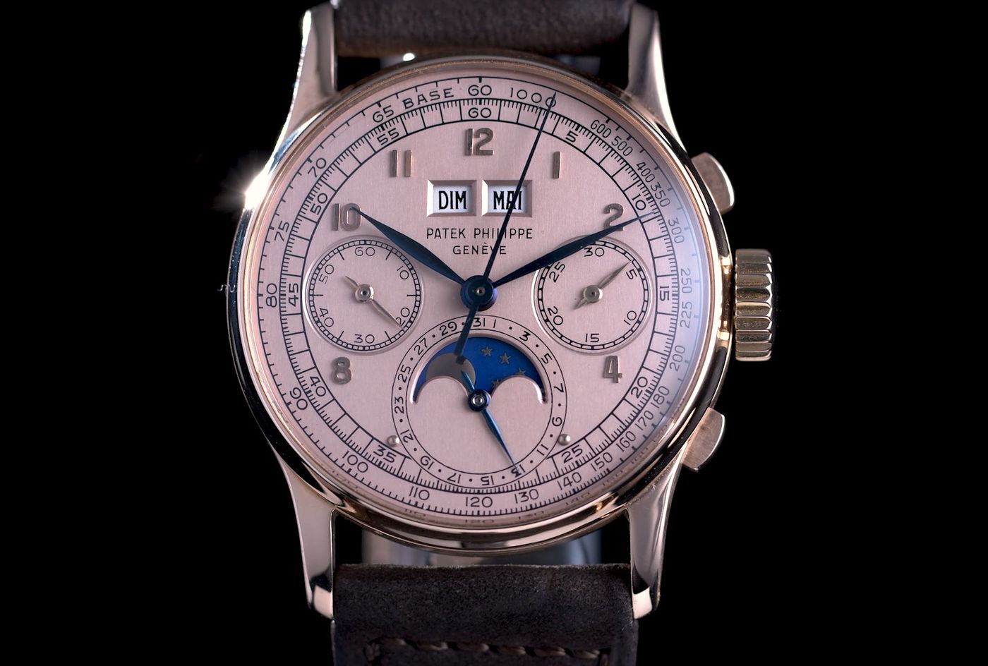 Watch our trailer to learn more about the exceptional timepieces coming to auction this season in Geneva.