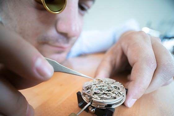 Nicolas Commergnat Alliance Geneve Watchmaker
