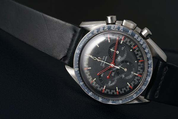 Omega Speedmaster Moonwatch Red Racing