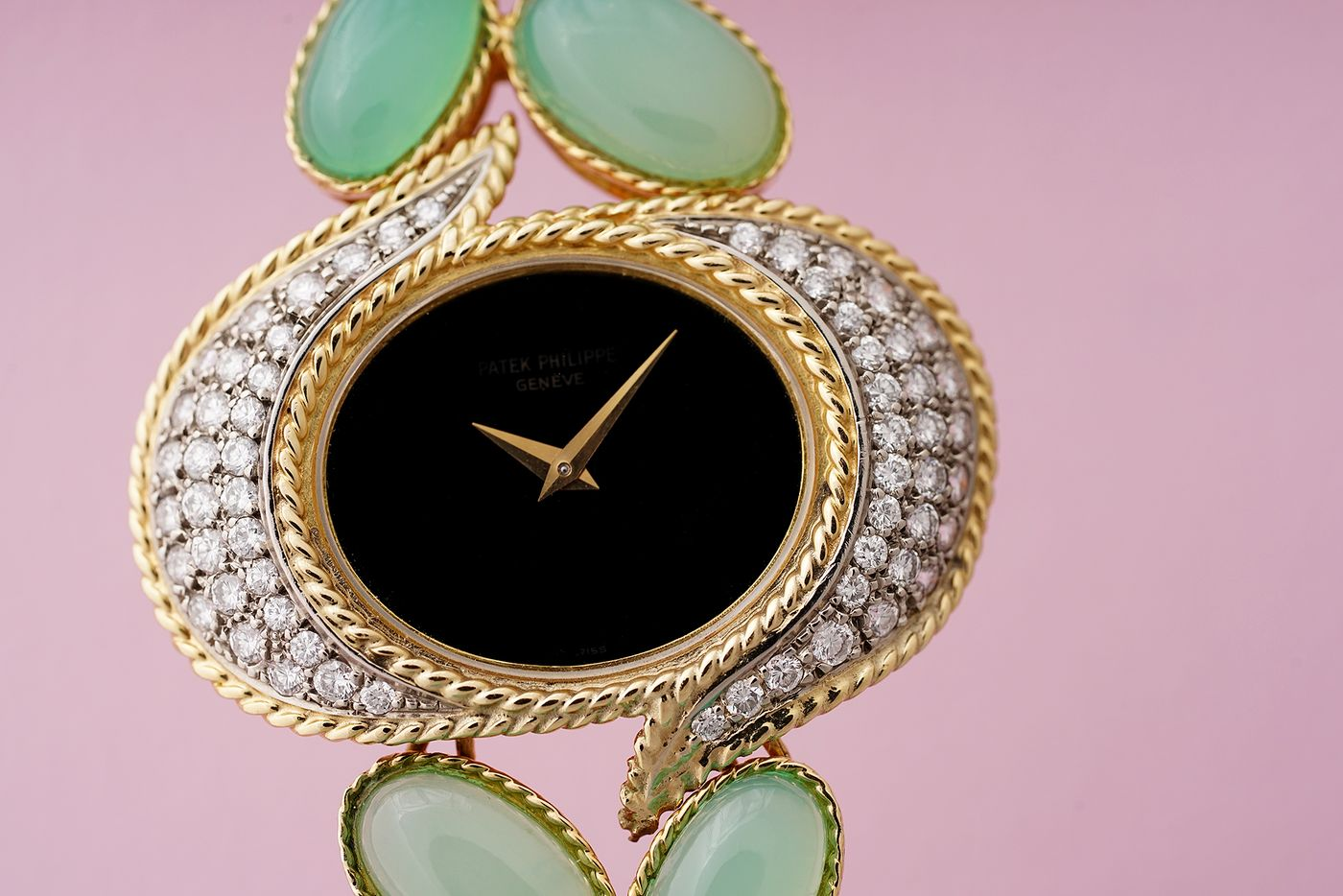 What do Marie Antoinette, Ellen DeGeneres and Catherine Deneuve have in common? Answer: A taste for beautiful watches. Our Geneva Specialist Tiffany To presents some of the iconic timepieces they have owned.