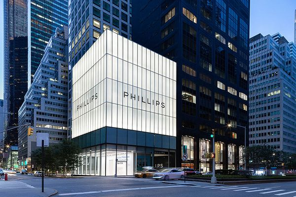 This June, we unveiled our new global headquarters in New York, located at the corner of 56th Street and Park Avenue and offering the first auction experience of its kind.