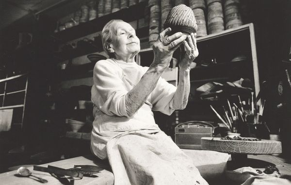 British ceramist Alison Britton brings a maker's eye to ajournalist'scollection.