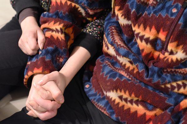 Jaakko ja Jenny käsi kädessä