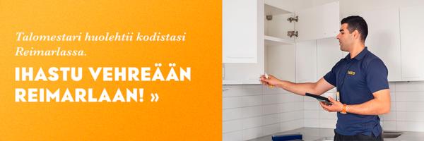 Talomestari Ahmed tarkistaa pintoja SATOn VuokraKodin keittiössä.